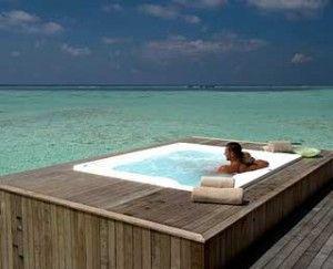 77 besten outdoor hot tub aussenwhirlpool bilder auf. Black Bedroom Furniture Sets. Home Design Ideas