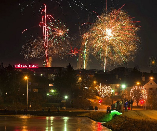 Fireworks, New Year's Eve, Reykjavik, Iceland by Ragnar TH, via Flickr