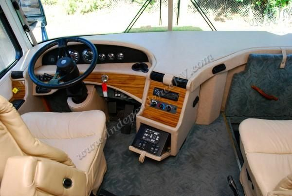 Recreational Vehicle Interiors | 1999 Western Recreational Vehicle Alpine Coach 36FDS Interior Cockpit ...
