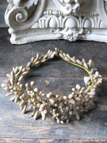 antiek Franse bruidskroon van wasbloemen