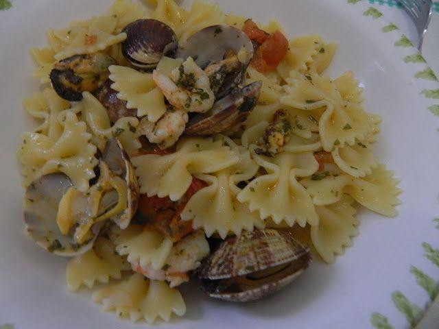 in cucina con vanna: Farfalloni con cozze, vongole e gamberetti.