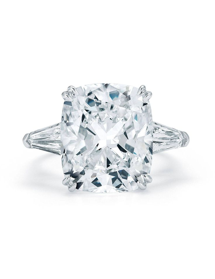 Diamond Ring Cleaning Tips - Town & Country Magazine