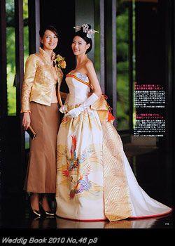 着物ドレス、リメイクドレス、レンタルドレスのローブドキモノ 白無垢ドレス