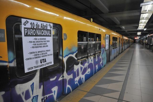 Argentina amanece paralizada por paro general - El Nuevo Herald