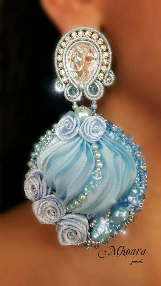 'Blue Hydrangea' inspirated by Stella de Libero. Shibori silk - silk ribbons - soutache - Mhoara Jewels