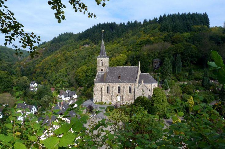Pfarrkirche St.Katharina in Isenburg / Saynbachtal / Westerwald von Mohr Wilfried