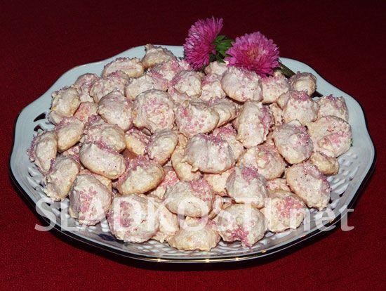 Růžové pusinky s mandlemi