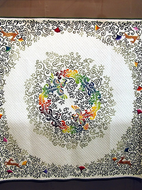 Feathery rainbow phoenixes, leaping deer, .. OH MY .. Tokyo IQS: Applies Quilts, Beautiful Quilts, Quilts Inspiration, Applique Quilts, Tokyo Quilts, Art Quilts, Robots Dreams, Photo, Inspiration Quilts