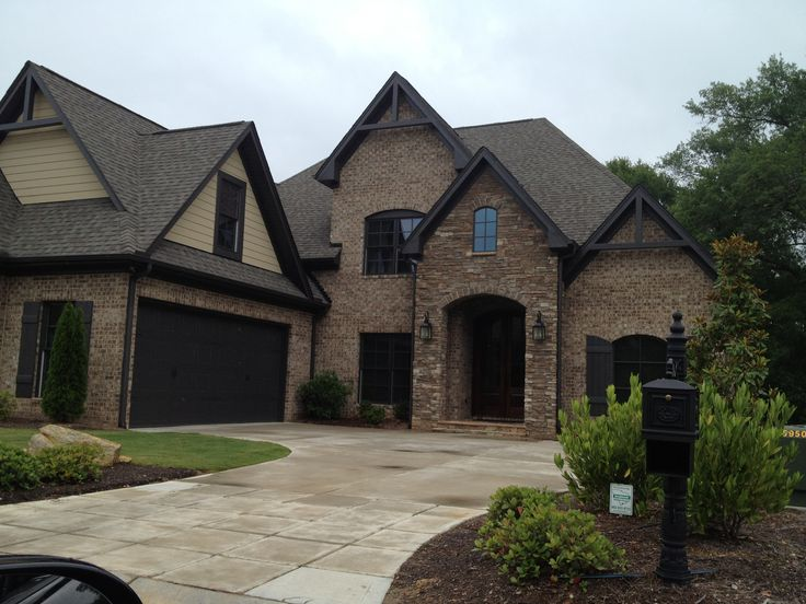 Idea Of The Double Garage For Our Lot Love The Brick Stone