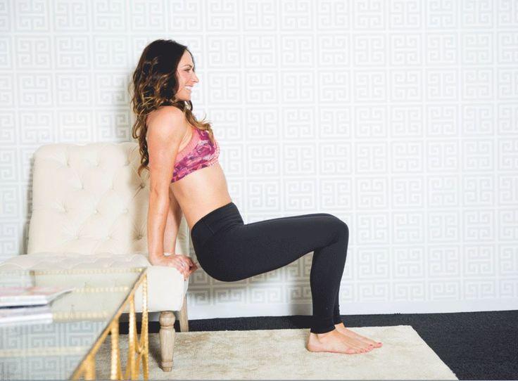 -jambes-assise-femme-a-croupi-exercice-gym