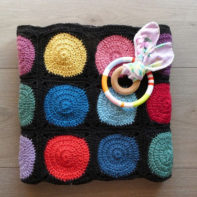 This beautiful rainbow blanket is complete and off to its new family. I love the fun bright colours that makes this blanket great for kids of all ages.  #aydamade #aydamadecrochet