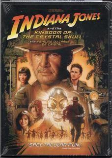Aventures. En 1957 au Nevada, l'archéologue Indiana Jones est capturé par un commando soviétique dirigé par la redoutable Irina Spalko, à la recherche d'une relique aux pouvoirs mystérieux. Jones parvient à lui échapper et retourne à l'université de Princeton, où il enseigne. Il y fait la rencontre inattendue d'un jeune rebelle, Mutt, qui l'entraîne bien malgré lui sur la piste de cette relique tant convoitée, un crâne de cristal à la forme étrange qui