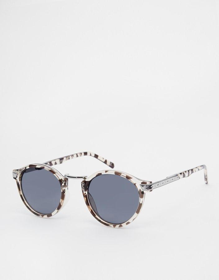 €11, Graue Sonnenbrille von Asos. Online-Shop: Asos. Klicken Sie hier für mehr Informationen: https://lookastic.com/men/shop_items/217099/redirect