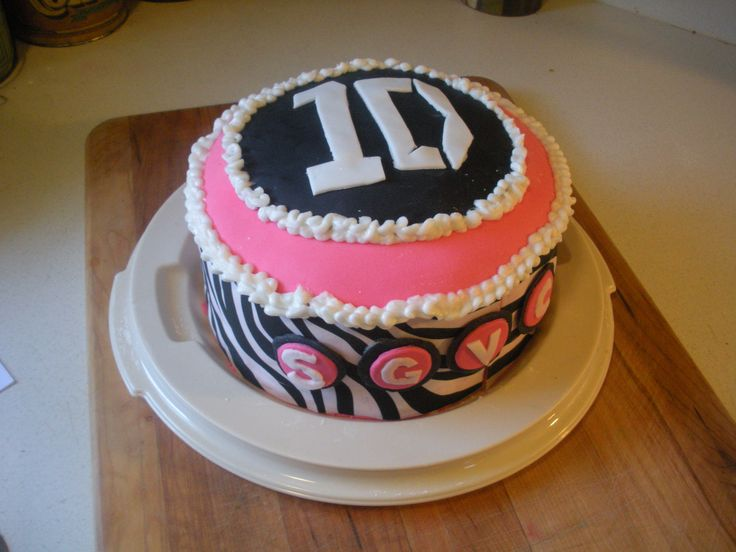 11 best Cake for maddie images on Pinterest   13th ...