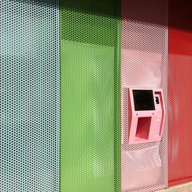 withdraw cash in colour