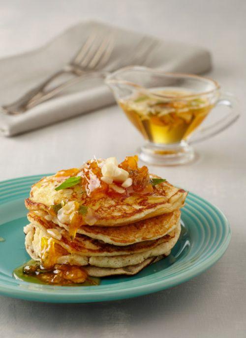 Pancakes saludables Chef: Catalina Vélez Convierta esta receta con ingredientes saludables en una de sus alternativas preferidas para desayunar antes de salir al trabajo, a la universidad o al colegio.