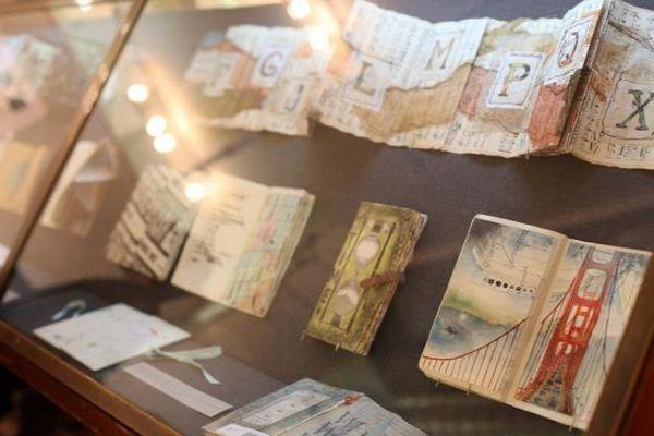 Skicáky na cestách – výstava The Sketchbook Tour - http://detepe.sk/skicaky-na-cestach-vystava-sketchbook-tour/