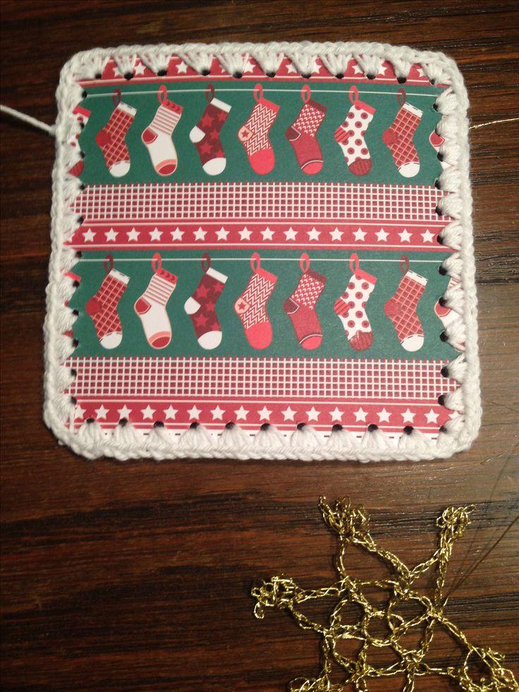 Til & fra julekort med hæklet kant