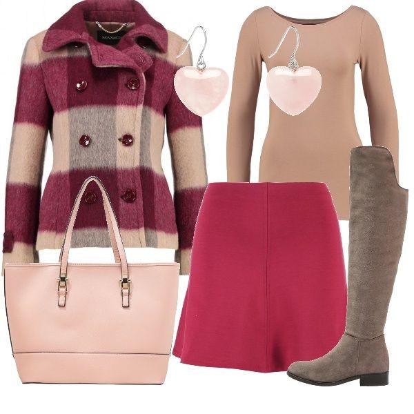La giacca pesante a quadrettoni viene proposta con una minigonna color ciliegia, da indossare con una maglia basic beige e degli stivali alti. La borsa è una shopping tonalità pastello e gli orecchini sono dei pendenti in quarzo a forma di cuore.