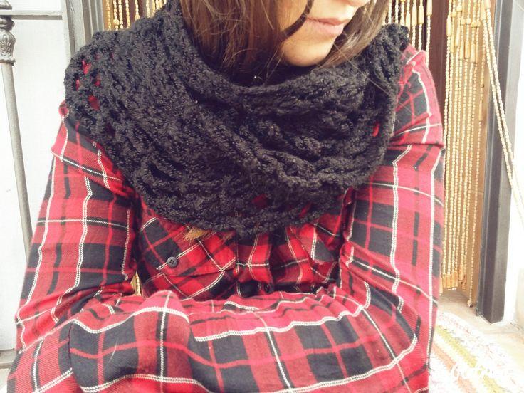 Bufada calada. Mantón. Punto. Crochet. Ganchillo