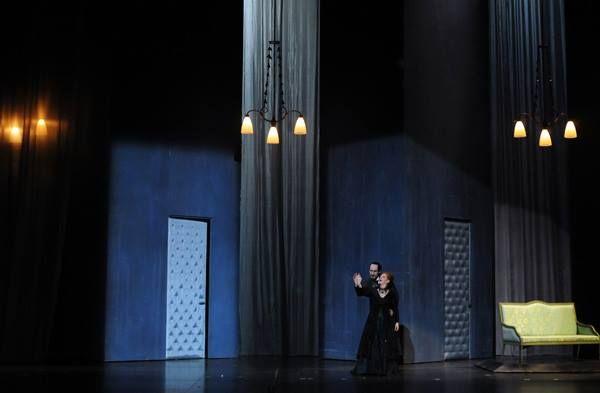 Les Contes d'Hoffmann Offenbach Mise en scène : Laurent Pelly Direction musicale : Kazushi Ono Du 14 au 30 décembre 2013