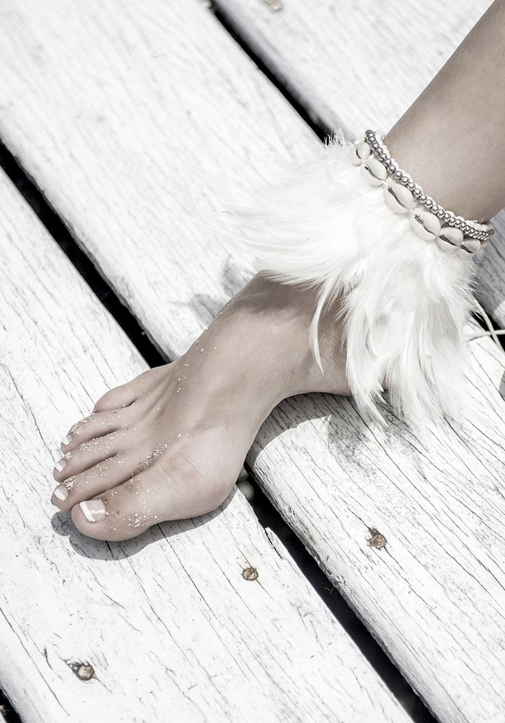 Feather Cuff // Follow us on Facebook & Instagram: @thebohemianguide