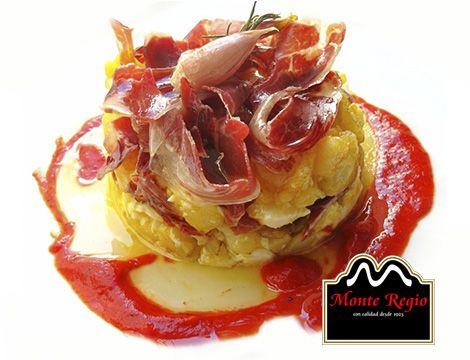 Disfruta a cualquier hora del d a de este plato de huevos - Platos con jamon iberico ...