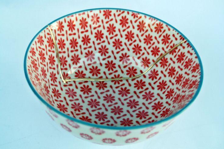 Kintsugi  bowl, cuenco Kintsugi porcelana oriental. Colección Butterfly nº1 de KanelaSuri en Etsy