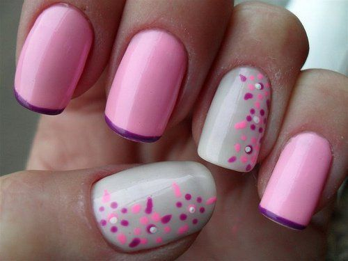Cute pink and gray nails with little flowers