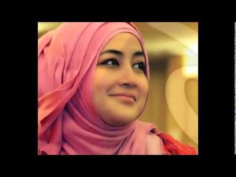 Cara Memakai Jilbab ala Umi Pipik Dian Irawati