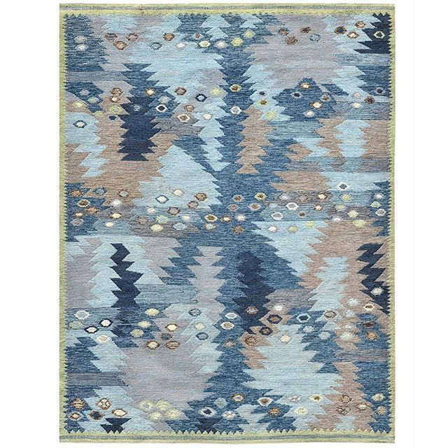 One of our Latest; New Swedish Art Deco kilim collection. #loomlove #loomrugs