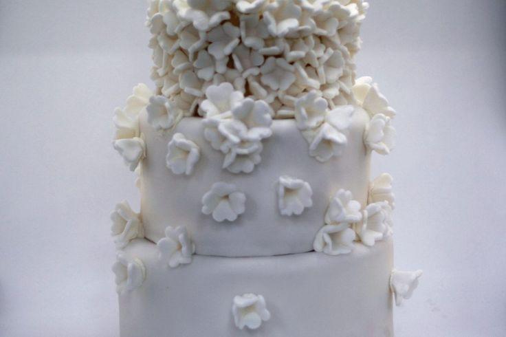 three tier wedding fondant cake