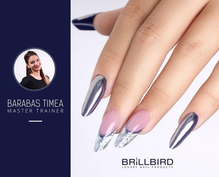 Eleganță de iarnă, realizată cu ajutorul Chrome Pigment BB - Argintiu  http://brillbird.ro/categorie-produs/decor_unghii/sclipici-decor_unghii/pigment-oglinda/