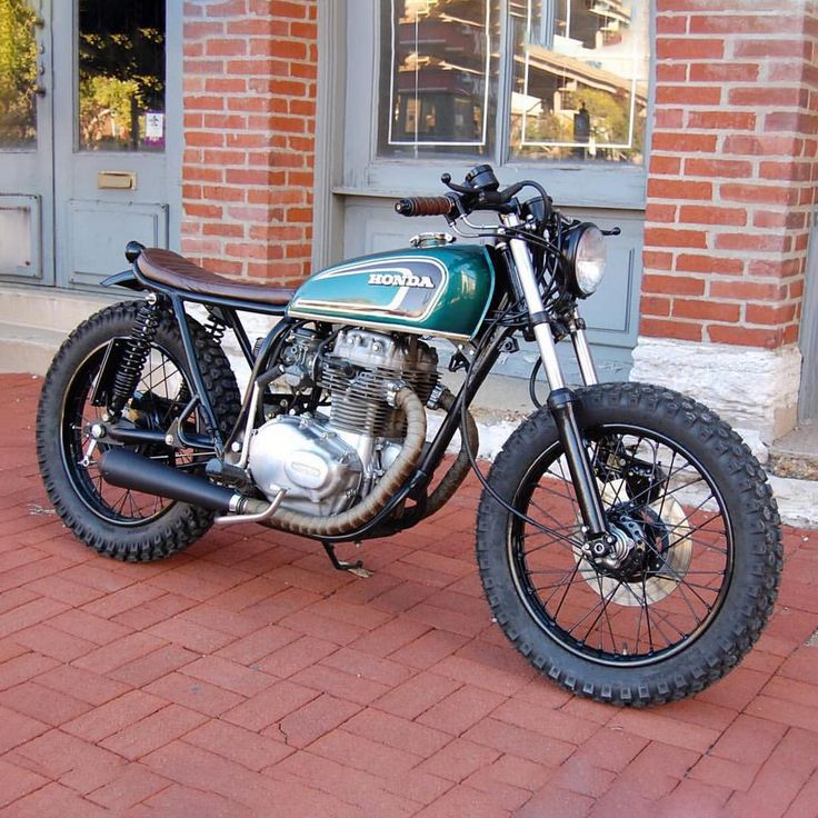 dropmoto:Classic as they come. 1974 Honda CB360 shared with us by @standardvmoto #motorcycles #bratstyle #motos | caferacerpasion.com