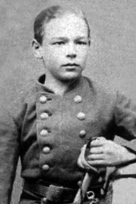 Joaquín Contreras, subteniente del regimiento Esmeralda Fotografía 1879.
