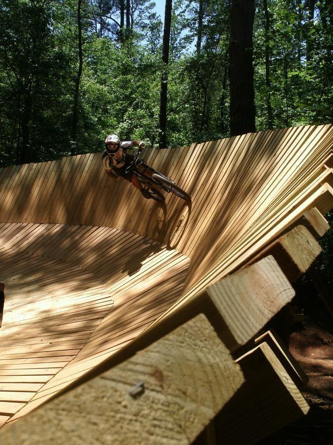 Blankets Creek Mountain Bike Trail in Woodstock, Georgia || SINGLETRACKS.COM