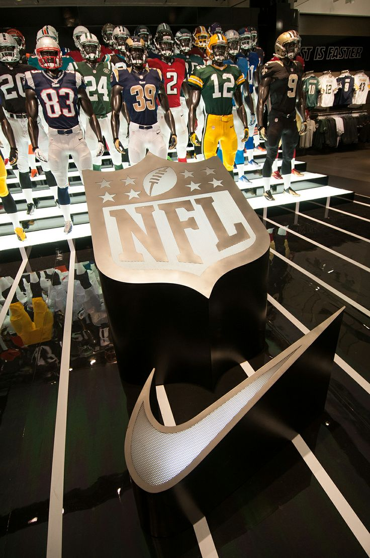 NIKE Retail Display | NFL Takeover by Millington Associates