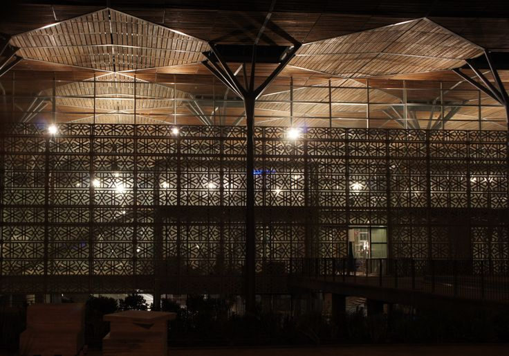 Casablanca Railway Station - Roof and moucharabieh nightshot - construction - 06/2014 - AREP / Groupe3 / MaP3