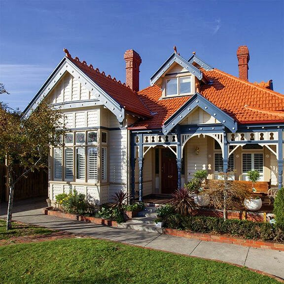 Chamomile & Peppermint: Home Exteriors