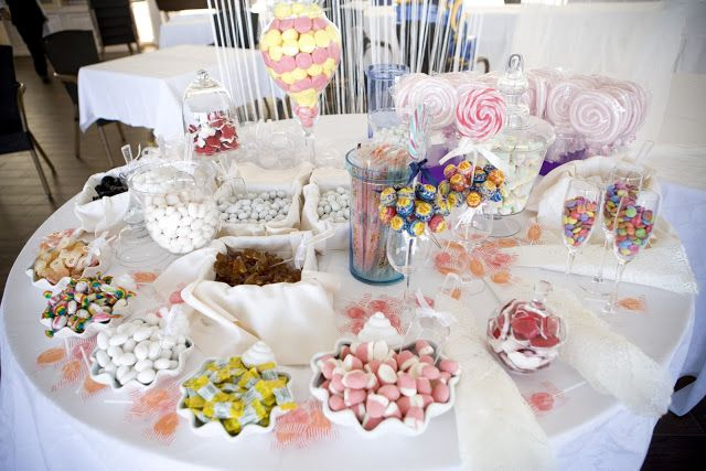 Swett Buffet| Wedding| Colored Wedding| #weddingsweet #wedding #matrimonio http://elisaweddingdream.blogspot.it/2011/09/real-weddings-daniela-alessio.html