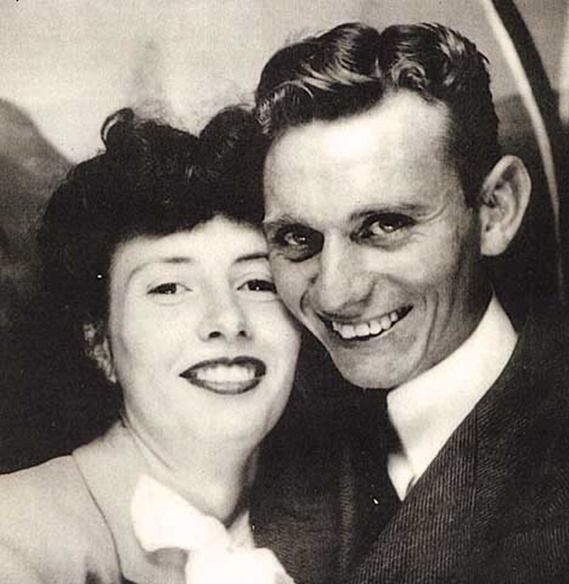 Arminta & Pat Jones (Parents of Cowboys owner, Jerry Jones) on their wedding day, Oct. 25, 1941. [Source: The Boys Are Back] -- #couples #woman #women #females #adults #man #men #males #people #husbands #Wives #B&W