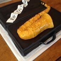 Great cake idea for a saxophonist