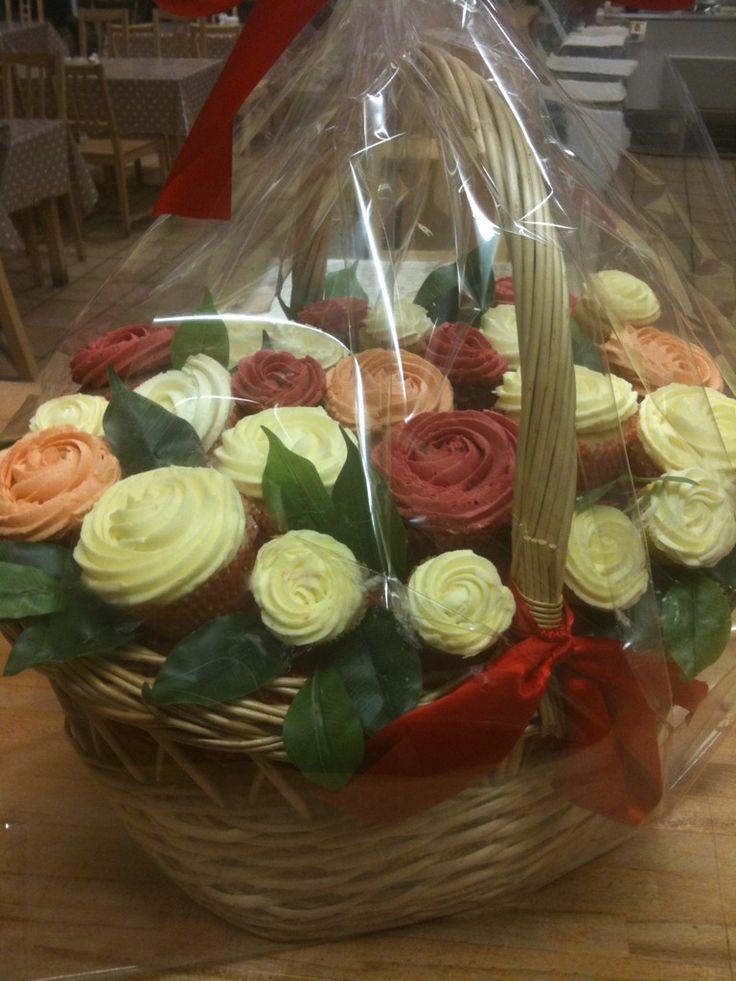 Cupcake flower Basket ;)