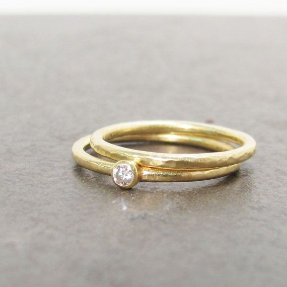 18k Gold Wedding Ring Simple Hammered Gold Band by LilianGinebra, $265.00