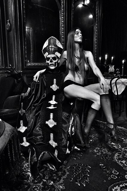 papa emeritus and the nameless ghouls. ghost papa emeritus ii and the nameless ghouls i