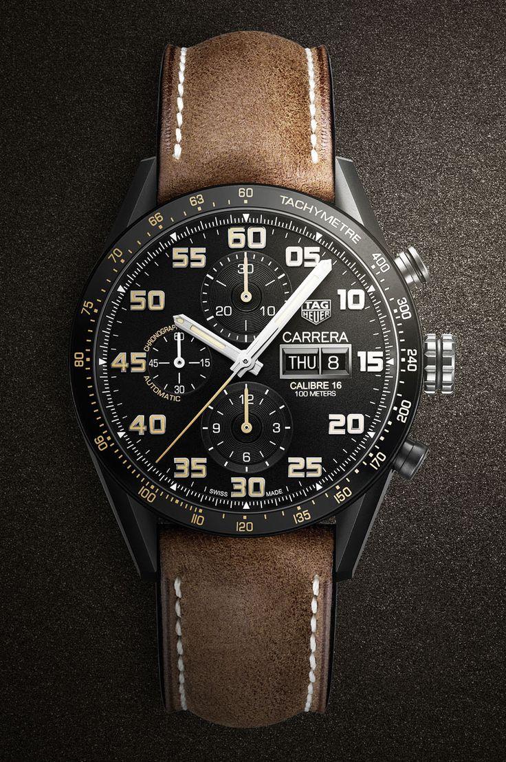 Dieser Carrera-Chronograph von TAG-Heuer kombiniert Retro-Elemente mit modernen Materialien. http://amzn.to/2sB6qcX