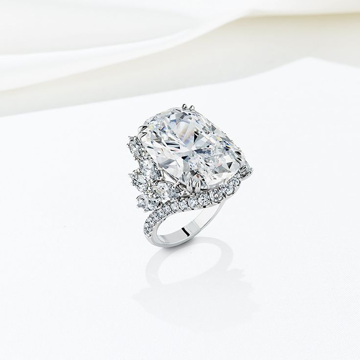 Harry Winston's exclusive service allows clients to custom create a one-of-a-kind diamond ring with center stones that begin at 5-carats or more.