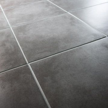 Au sol ds la cuisine salle manger et salon carrelage noir 44 44 cm leroymerlin en gr s - Canvas pvc witte leroy merlin ...