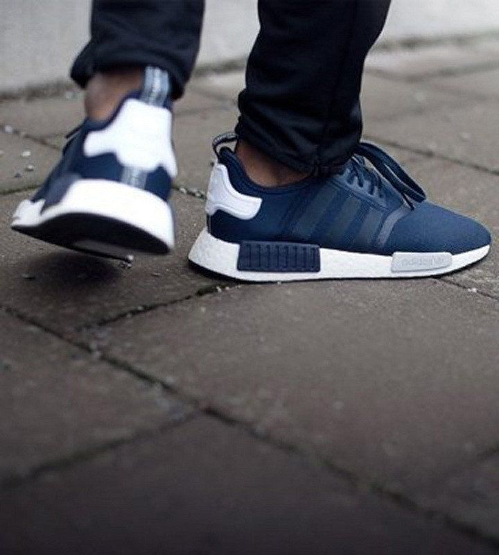 138bf5f0d5cbf ... Adidas originals NMD R1 Men - running trainers sneakers Blue Navy ...