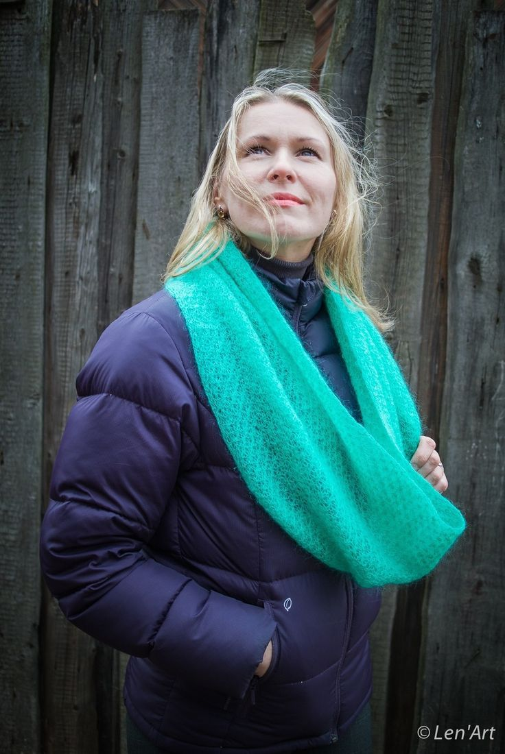 "Snood femme en kid mohair "" Filatura di Croza "" couleur menthe : Echarpe, foulard, cravate par len-art"